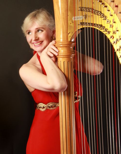 Gallery: Magdalena Harpist