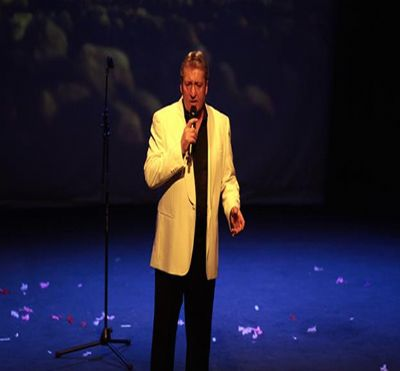 Joe Longthorne Tributes Acts